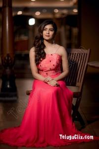 Amritha Aiyer HD