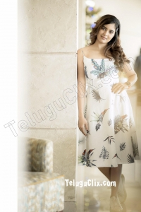 Amritha Aiyer New HD