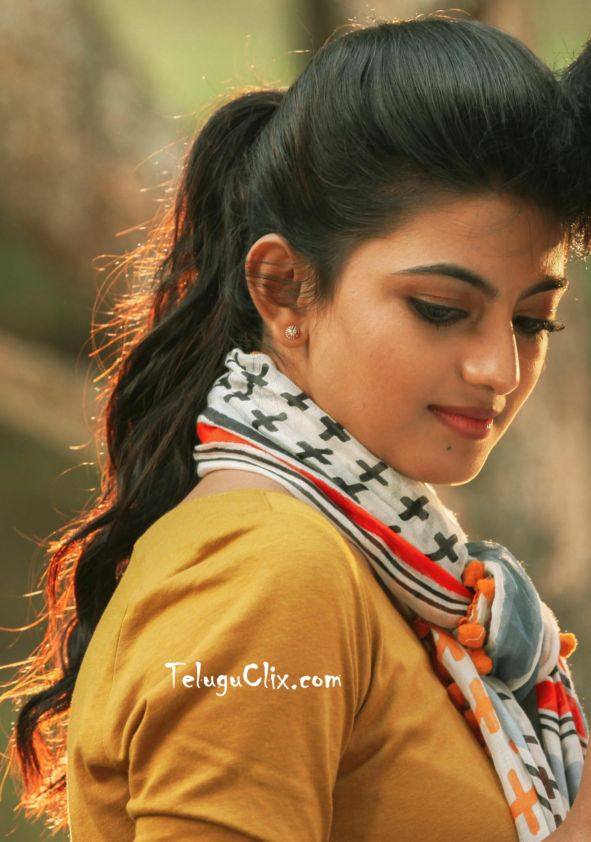 anandhi old latest new recent hd hq photos pics stills images