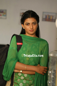 Anandhi images