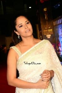 Anasuya Bharadwaj in White Saree 2019