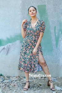 Telugu TV Anchor Anasuya HD Hot Thighs