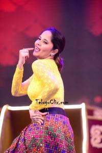 Anasuya Dance at Cinemahotsavam
