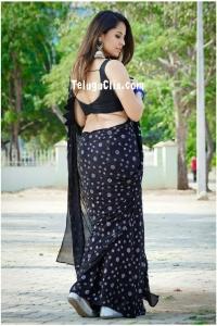 Anasuya in Black Saree