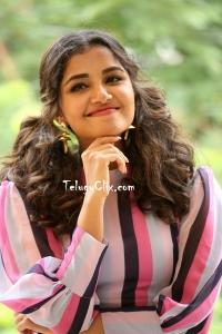Anupama Parameswaran HD Photos