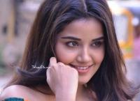 Anupama Parameswaran Smile Close Up