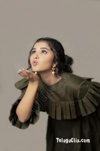 Anupama Parameswaran New HD