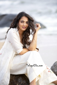 Anushka Shetty HQ 2019