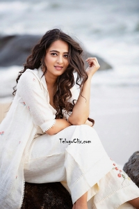 Anushka Shetty in White 2019