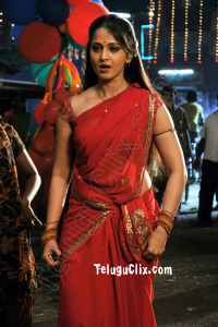 Anushka Shetty in Saree Ultra HD