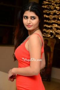 Ashima Narwal HD Photos