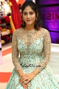 Chandini Chowdary HD Pics