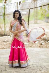 Eesha Rebba HD in Half Saree