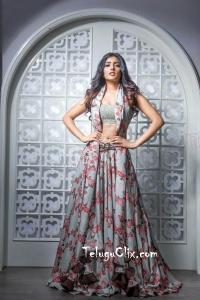 Eesha Rebba HD Navel Photoshoot