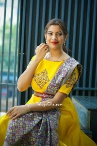 Geetha Madhuri New Photos