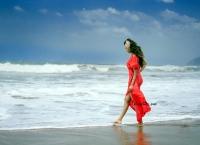 Hamsa Nandini HD Photoshoot at Beach