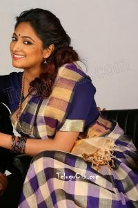 Haripriya HD in Saree