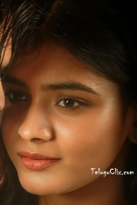 Hebah Patel HD 24 Kisses