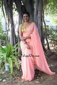 indhuja Ravichandran in Saree HD Photos