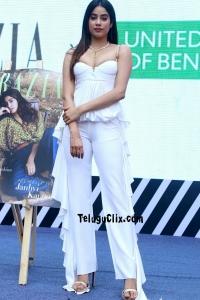 Janhvi Kapoor Latest Pics