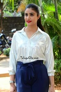Jia Sharma Photos HQ