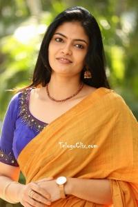 Kalpika Ganesh HD Saree Photos