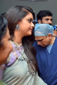 Keerthy Suresh in Saree Pics
