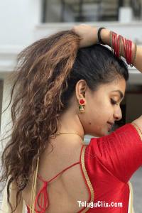 Keerthy Suresh in Saree Onam