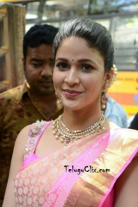 Lavanya Tripathi in Saree Photos HD