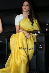 Lavanya Tripathi in Saree HQ Pics