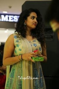 Manisha Eerabathini Latest HD Photos