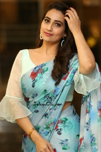 Manjusha Saree HD Photos