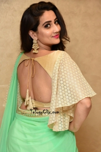 Anchor Manjusha Saree Stills