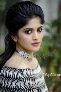 Megha Akash HD Pictures