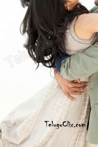 Megha Akash HD in Thoota