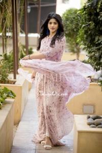 Megha Akash Photoshoot HD