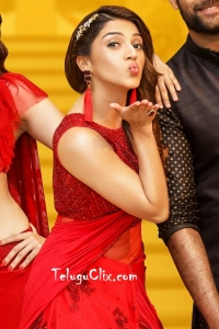 Mehreen in F2 – Fun and Frustration
