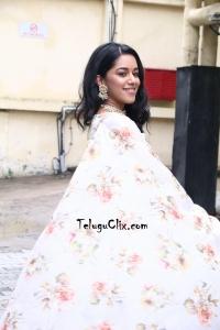 Mirnalini Ravi HQ Photos