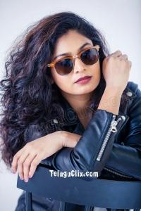 Singer Mohana HD Photos