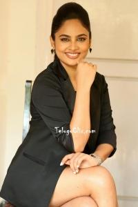 Nandita Swetha HD Pics