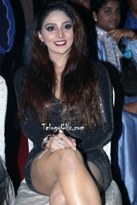 Natasha Doshi HD Hot Legs Thighs