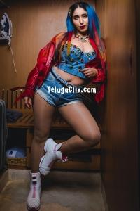 Neha Bhasin Latest HD Pics