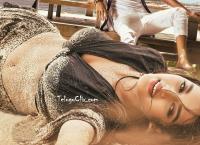Nidhhi Agerwal HD in iSmart Shankar