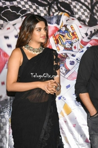 Nidhhi Agerwal in Black Saree Pics