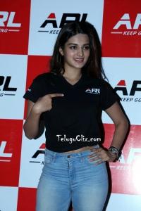 Nidhhi Agerwal New HD Pics