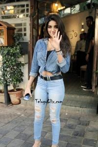 Nidhhi Agerwal in Jeans