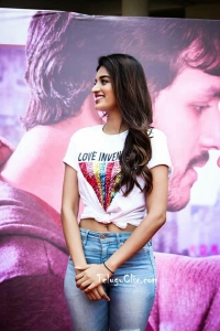 Nidhhi Agerwal in T Shirt Jeans