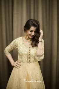 Nikki Galrani HD Photos