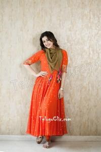 Nikki Galrani New HD Photos