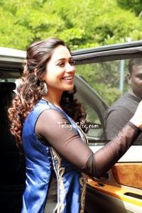 Tamil Nivetha Pethuraj